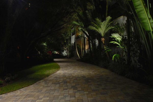 Entries Steps and Pathways Naples-Architechtural-Lighting-and--Ladscape-Lighitng-Design (4)